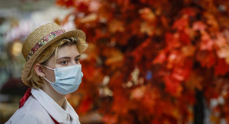 За сутки COVID-19 заболели еще 18 тыс украинцев
